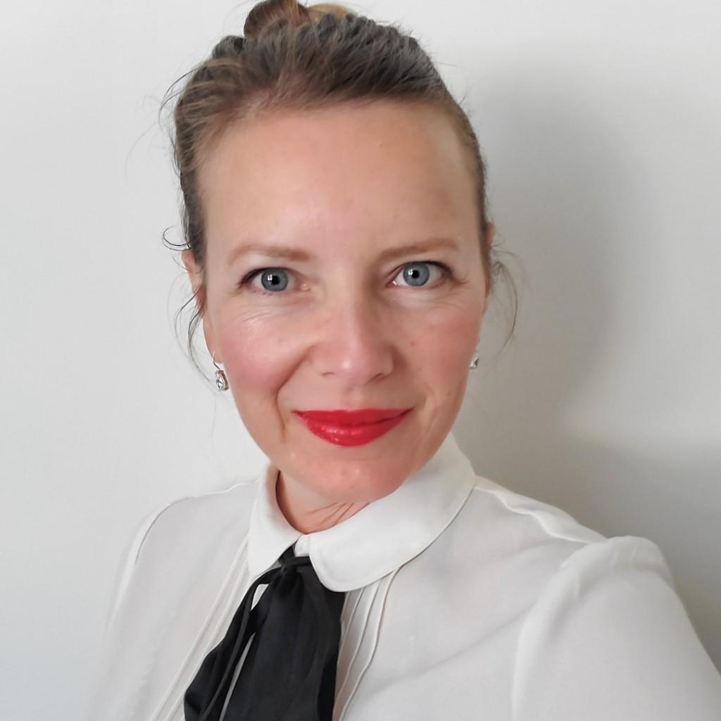 Alexandra Roy - Brow Artist